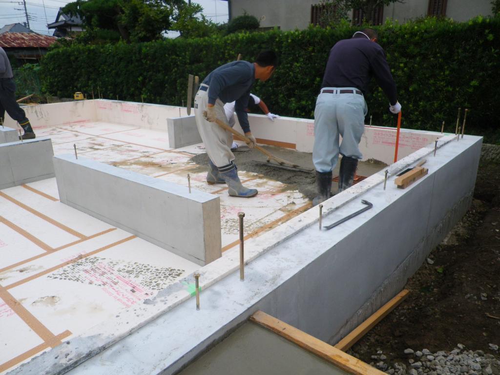 断熱材保護モルタル工事