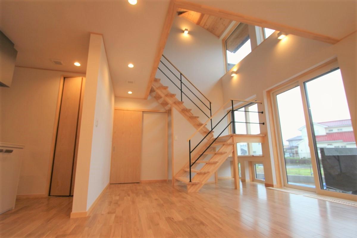 リビングから階段方向